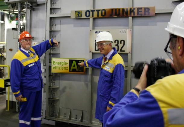 NRW-Umweltminister Remmel bei Alunorf